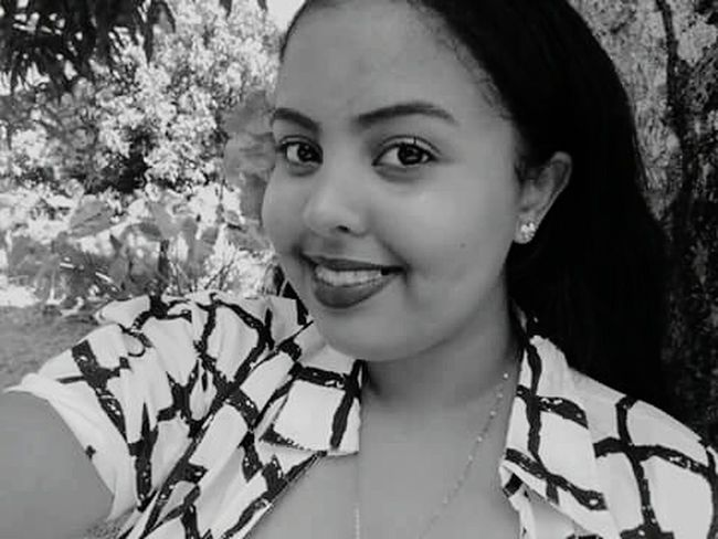 One Person Smiling Happiness One Woman Only Day Only Women Child One Young Woman Only Flower Dominican Republic Beautiful Woman Followme Love ♥ Angier-xo Photobyme 📷