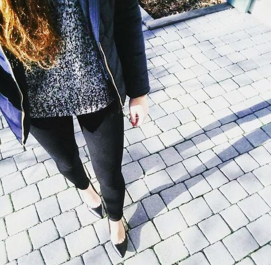 🌹 Clothes Fashion Photography Low Section Human Leg Walking Standing Shoe Casual Clothing Fashion Women Close-up Lifestyles Outdoors