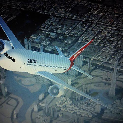 Quantas Boe8ng 787 Dreamliner Dubai Burjkhalifa Low_res TakeOff
