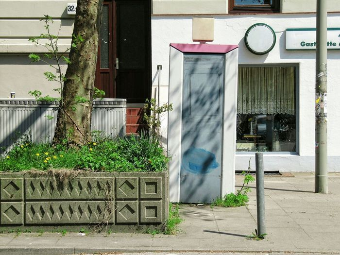 Taking Photos Taking Pictures Timepaint72 Day Urban Hamburg Outdoors No People City Urban Landscape Suburbia Building Outdoor Photography Suburban Suburban Landscape