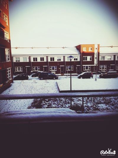 Arrived at the Netherlands yesterday it's so beautiful and white :) but cold ? Deep Freeze