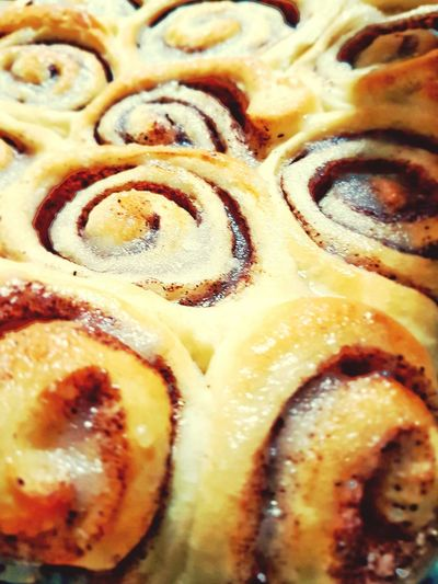 Cinnamon rolls Food And Drink Food Freshness Sweet Food Ready-to-eat Temptation Extreme Close Up Dessert Snack Appetizer Backgrounds Close-up Detail Eating Time Food♡ Foodlover Foodpicture Sweets Sweet♡ Cake♥ Cake Pastries Pastrychef Pastrycook Pastrylover Visual Feast