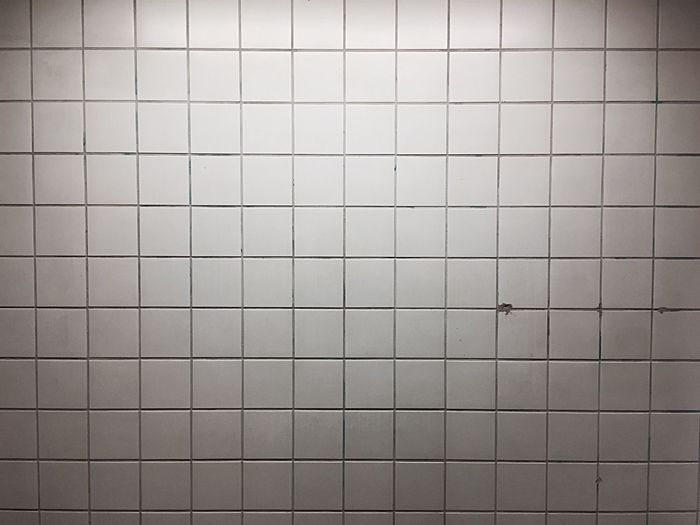 Wall Pattern White Lines Tube Station  Sbahn Kacheln Tiles Squares