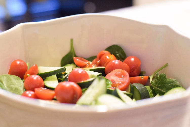 Close-up Day Food Food And Drink Freshness Healthy Eating Indoors  No People Ready-to-eat Salad Tossed Salad Bowl Tomato Vegetable