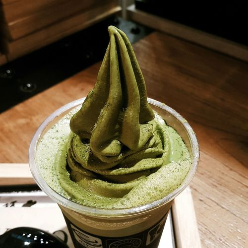 Indoors  Table Close-up Focus On Foreground In A Row Green Color Freshness Group Of Objects No People Green Tea Latte Matcha Matchaicecream Kyitoinari Dessert Drinks