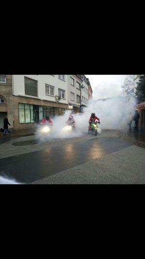 Motorcycles Santa Claus Lichtblicke