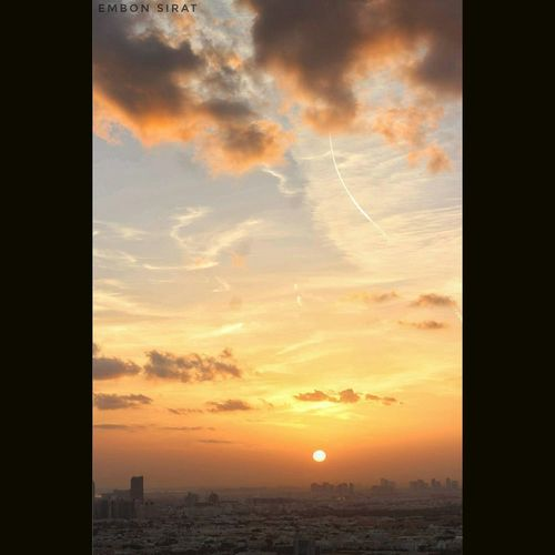 Sunset Sky Cloud - Sky Building Exterior Nature Outdoors Beauty In Nature No People Silhouette City Scenics Cityscape Architecture Urban Skyline Day Morning Sun Abu Dhabi City Dhuha SubahanaALLAH Alive  Brown Morning