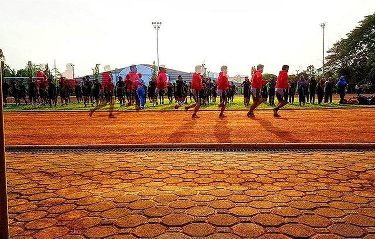 🏃🌞 Run VSCO Vscocam Vscohypebeast Hypebeast  Igers Instadaily Instagood Picoftheday Instalike Follow Photooftheday Justgotshot Folkgood Vscogood Bandung Sabuga Shadow Sabuga ITB