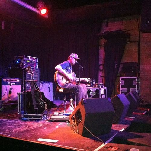 Scott H. Biram in Dallas last night ❤❤ Texas Texasmusic Dallas Deepellum scotthbiram biram singer songwriter awesome