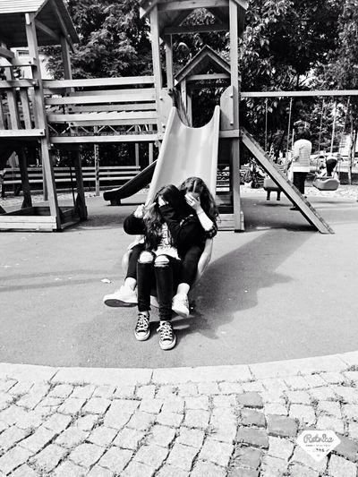 Hi! Enjoying Life First Eyeem Photo Girl Blackandwhite Cute♡ Hello World Taking Photos Beautiful Hanging Out