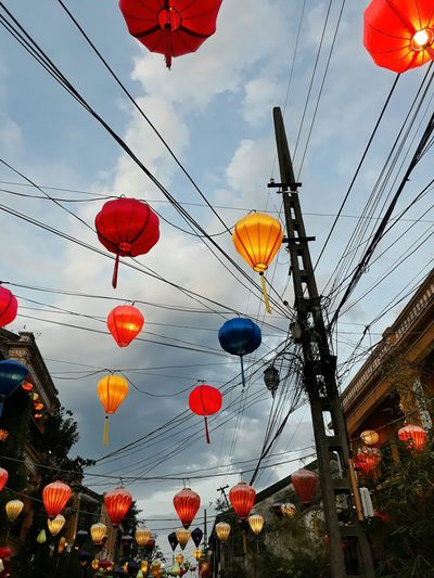 Vietnamese Vietnam Asian  ASIA Asian Culture Colorful Hot Air Balloon Hanging Multi Colored Sky Cloud - Sky Chinese Lantern Paper Lantern Lantern Traditional Festival Festival Chinatown Chinese Lantern Festival