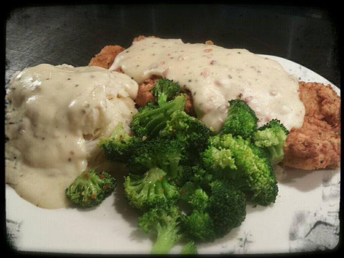 Check This Out Tasty Dishes Hungry Eating just made my famous chicken froed chicken ...and i will put you to sleep it's that good