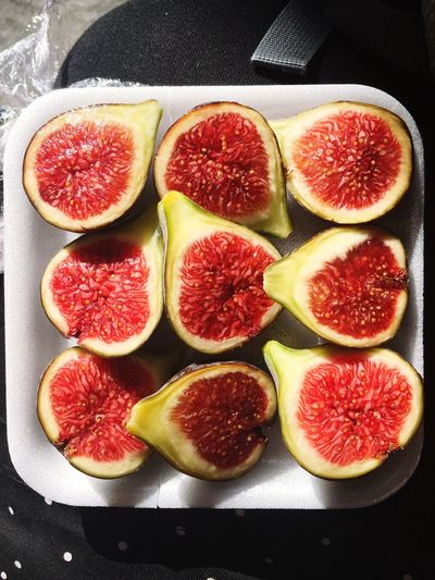 Figs Healthy Eating Food And Drink Freshness Still Life Fruit SLICE Cross Section Close-up Market Food Halved Yummy