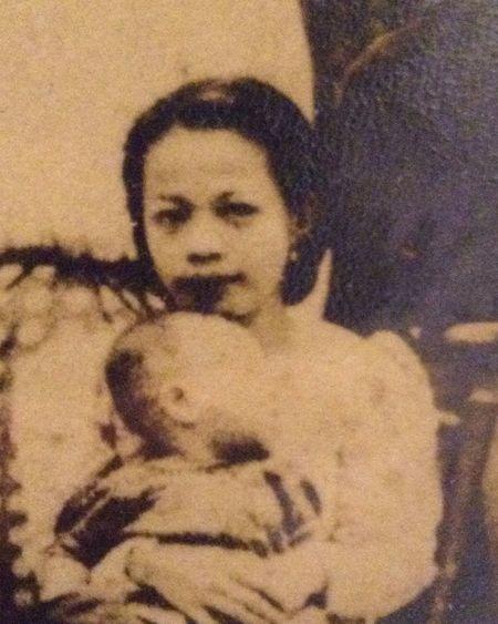 my beautiful grandma in the early 1940s ❤️ 1940s Vintage Precious Old Times Beautiful Grandma