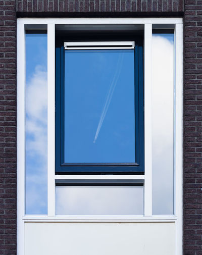 Window Blue No People Glass - Material Technology Transparent Indoors  Day Architecture Wall - Building Feature Reflection Built Structure Frame Picture Frame Shape Flat Screen Building Blank Reflection Reflections Reflection_collection Reflection Photography Reflection Perfection  Reflection In The Window Windows Window Frame Window Box Window Reflections Window Reflection Sky Sky And Clouds Skyporn Sky_collection Think Outside The Box Interesting Perspectives Blue Sky Blue Color Framed Frames Different Perspective Differential Focus Different Points Of View Minimalism Minimal Minimalobsession Minimalist Lessismore Aircraft Airplane The Minimalist - 2019 EyeEm Awards The Architect - 2019 EyeEm Awards
