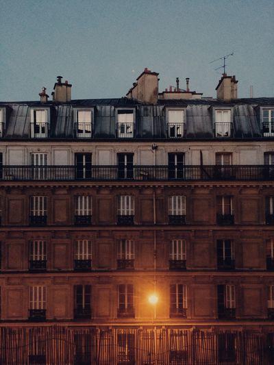 Paris Symmetrical Symmetry Sunday Morning Early Morning First Rays Of Sunlight Stillstanding StillDancing