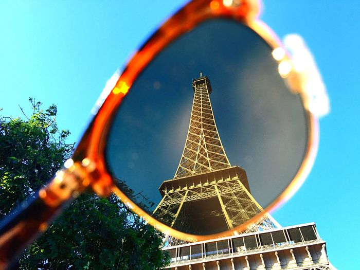 [ Shades ] Through my new lenses. Holiday POV Faces Of Summer Creativity Sunglasses Architecture Architectural Detail Cityscapes EyeEm Best Shots Eye4photography  Enjoying The View Neighborhood Map