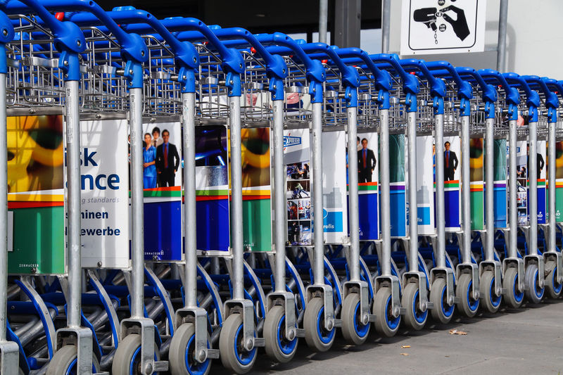 Abundance Arrangement Baggage Cart Blue Empty Gepäckwagen In A Row Large Group Of Objects Multi Colored No People Outdoors Repetition Side By Side Travel Destinations Trolley Let's Go. Together. Sommergefühle