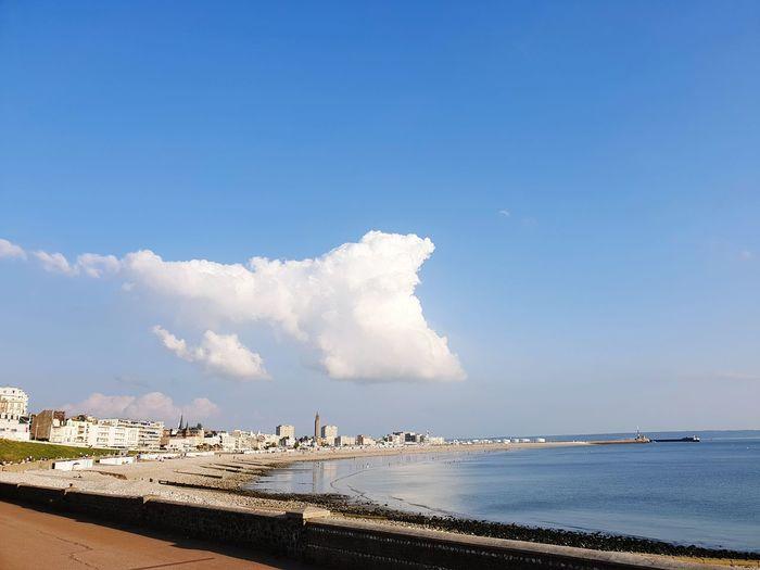 Nuage sur mer Cloiud Cloud - Sky Le Havre France Sea And Sky Water Sea Beach Blue Sand Beauty Sky Horizon Over Water Landscape