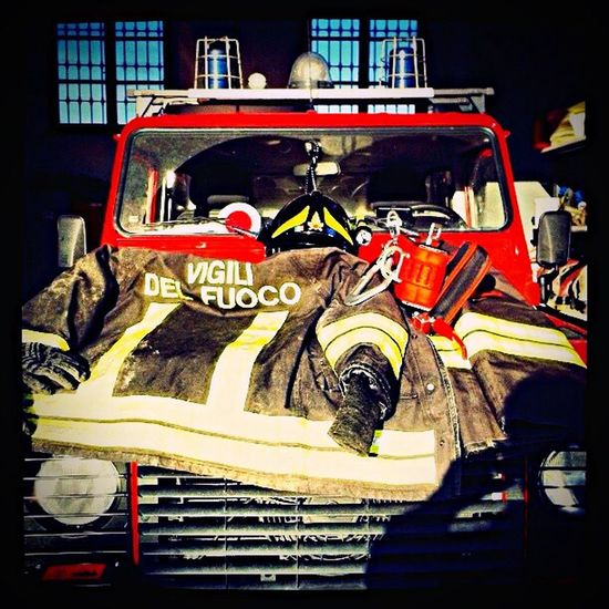 Fireworks Fire Firefighters Pompiere VigiliDelFuoco Honor Italy Rescue Dream Passion Mylifeisfire Respect Besafe DPI Campagnola Firehouse