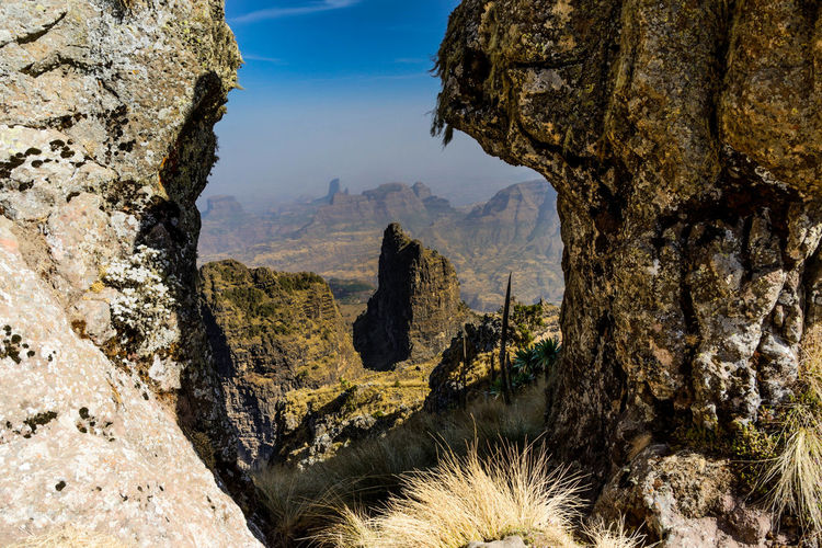 Hochland von Äthiopien im simien mountains national park Ethiopia EyeEm Selects Sky Tree Sky Scenics Rocky Mountains Mountain Range Mountain Beauty In Nature Valley Idyllic