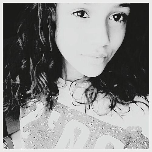 Picoftheday Black & White ? Tyred Afterschool  Follow4follow Selfie😎 FollowMeOnInstagram _sxbx3x_ Likeforlike Retrica✌