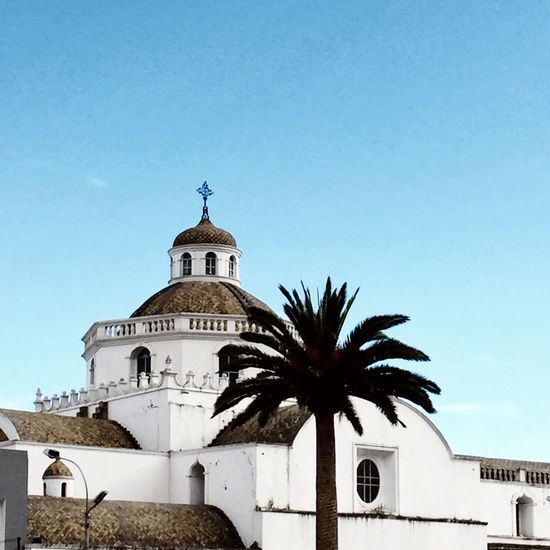 Latacunga City Religion Place Of Worship Spirituality Architecture Built Structure Building Exterior Low Angle View Outdoors Day Copy Space No People Cross Clear Sky Dome Palm Tree Blue Travel Destinations Sky Bell Tower Likeforlike Followforfollow Follow4follow Follower Latacunga EyeEmNewHere