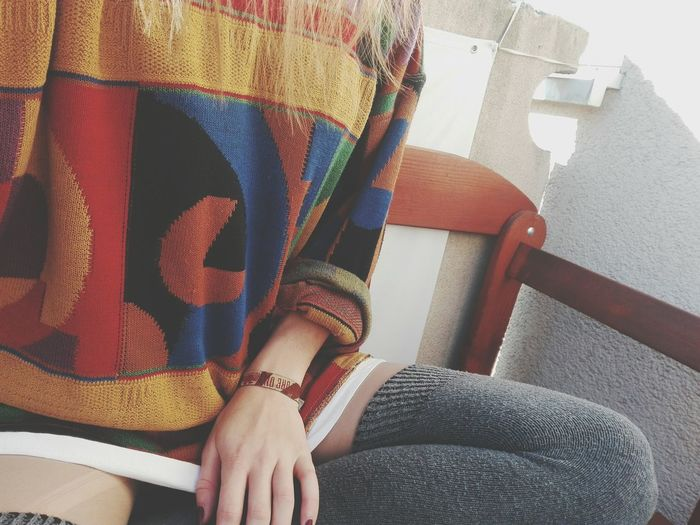 Real People One Person Only Women Pullover COLLERFULL Outside Balkony Sunshine ☀ Me On The Balkon Day Human Leg Human Hand Love This Pulli ❤