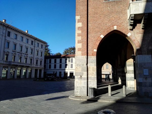 Arch Built Structure Travel Destinations Monza Monzabrianza Palazzo Dell'arengario Hawei P8 Be. Ready. EyeEmNewHere