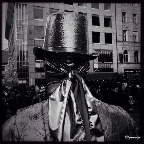 Goldenboy Hipstamatic Streetphotography Blackandwhite