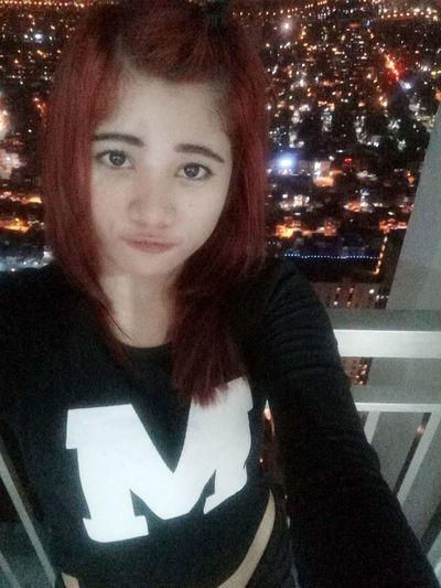 selfie night city