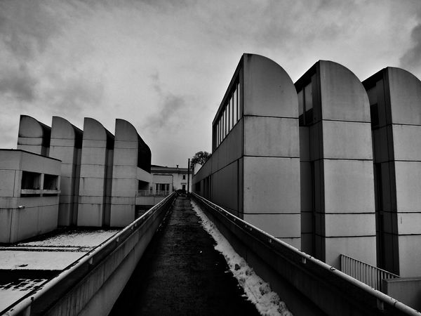 Blackandwhite Bauhaus Archiv Urban Architecture Lines, Shapes And Curves