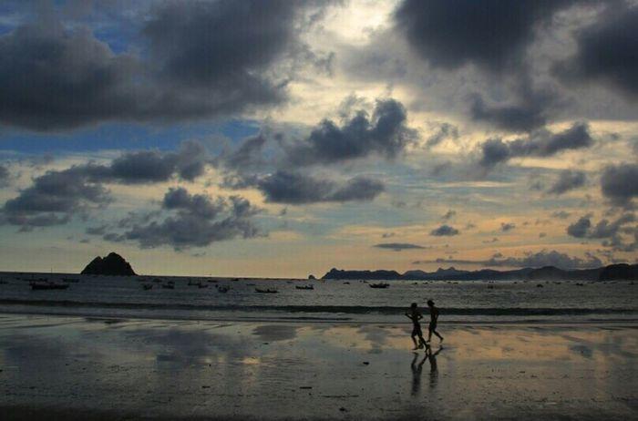 Selong Belanak, Lombok Beach Sunset