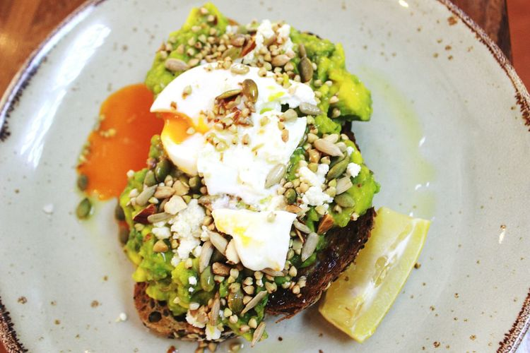Avocado toast Eyeemphotography Eyeemvision Eyeemfood Food Food And Drink Foodporn Foodie Avo Avocado Avocadotoast Avocado Toast  Avocadoaddicted Benedict EGGBENEDICT Egg Eggbenedict Breakfast Breakfast BreakfastTime  Brunchtime Brunch Healthy Healthy Lifestyle Healthylife Healthyeating Vegan