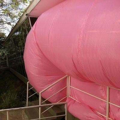 peniqueprod va a rebentar! Novasaopaulo Festivalnova Rosa Art Pink Installation MIS Saopaulo Peniqueproductions Penique