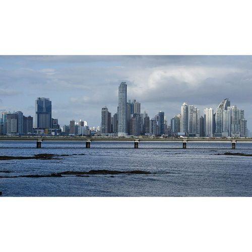 올드 파나마 에서 바라본 뉴 파나마. 이기대 에서 바라본 해운대 센텀같다. New Panama, view from old Panama. Panamá PanamaCity