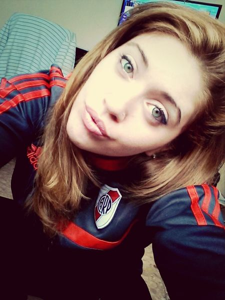 River Plate Blonde Relaxing Argentina 👑🎉🎊👌😚😍