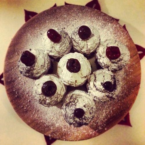Brownies Caneles Cake