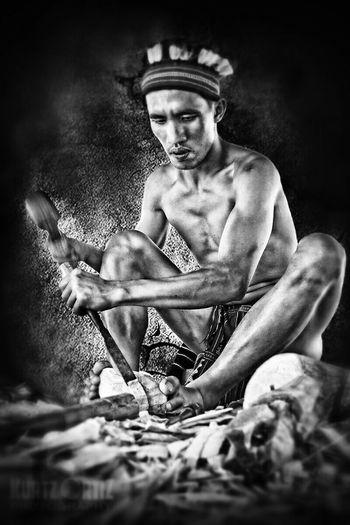 B&W Portrait Igorot Carver Eyeem Philippines Nayong Pilipino Blackandwhite Manatwork