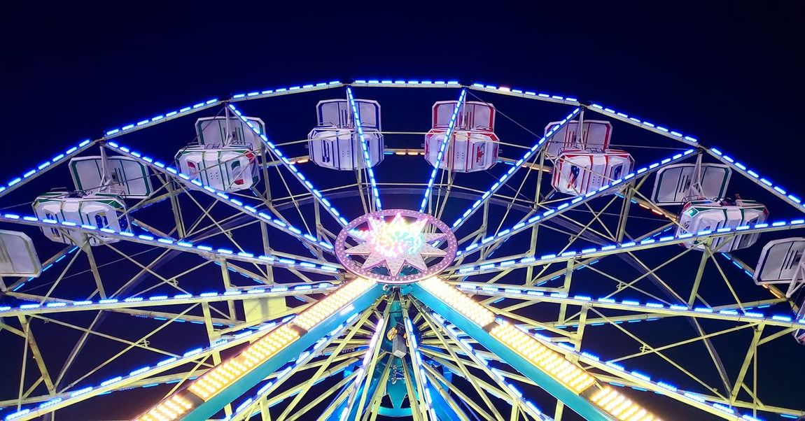 Ferris Wheel Ferriswheel Summer 2018 Photography Photooftheday Night Clear Sky Big Wheel Carousel Arts Culture And Entertainment Amusement Park Traveling Carnival Rollercoaster Fairground Fairground Ride Merry-go-round Ride Outdoor Play Equipment Be Brave #urbanana: The Urban Playground