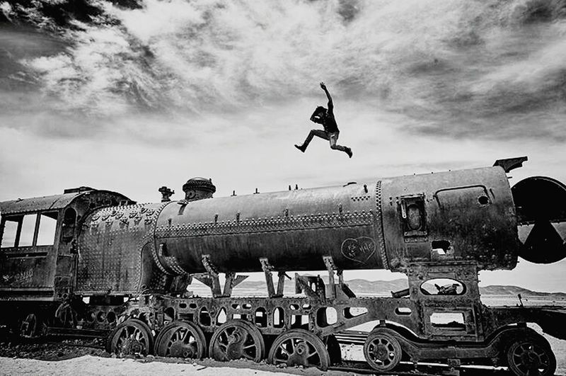 Hello World Taking Photos Hanging Out Blackandwhite Photography Blancoynegro Uyuni Train Cemetry Trenes Antiguos Nikonphotography Collected Community