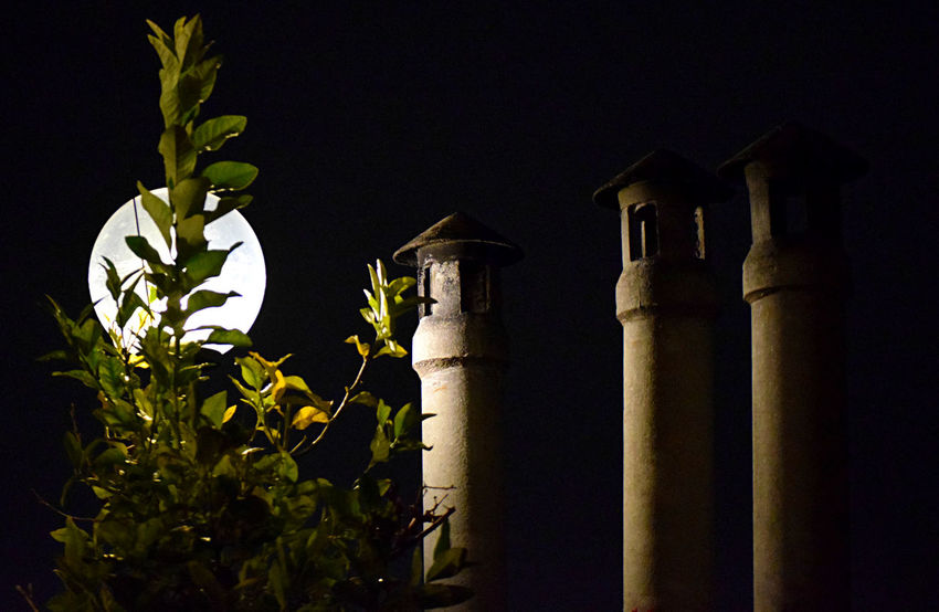 https://www.youtube.com/watch?v=td7lCCO9aaQ Moving Around Rome Eye Em Nature Lover EyeEm Best Shots EyeEm Masterclass EyeEm Gallery From My Point Of View Getty Images Life's Simple Pleasures... Moon Night Photography Nightphotography Taking Pictures Darkness And Light Eye4photography  Moon Light Moonlight Night