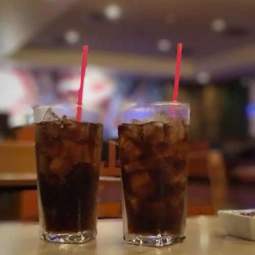 เป๊ปซี่ Drink Drinking Straw Drinking Glass Refreshment Food And Drink Indoors  Cocktail Focus On Foreground Close-up Indulgence Alcohol Freshness Table Iced Coffee No People Temptation Liqueur Day