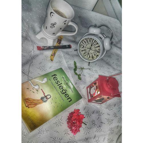 💕💃🌷🙏💋❤ Feslegen Kitap Kitaplariyikivar Kitaplar Kitapaşkı Kitapaski Kitapsever Kitapkokusu Book Kahve Huzur Kitapkurdu Kitapsevgisi