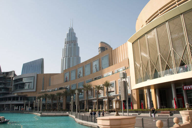 Architecture Building Exterior Built Structure City Clear Sky Day Dubai DubaiMall Dubai❤ Modern No People Outdoors Sky Swimming Pool Travel Destinations Water