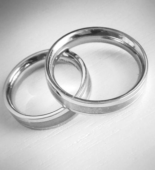 First Eyeem Photo Rings Married Engagement Ring Engagement Wedding Ring Wedding Huawei Ascend P7 EyeEm Gallery My Year My View EyeEm Best Shots - Black + White EyeEm Best Shots EyeEm Best Edits Silver Ring Beliebte Fotos My Year In View