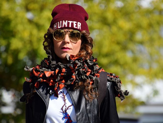 Cap Glasses Streetphotography Portrait Portrait Of A Woman Woman Young Woman Arts Culture And Entertainment Headshot Front View Close-up