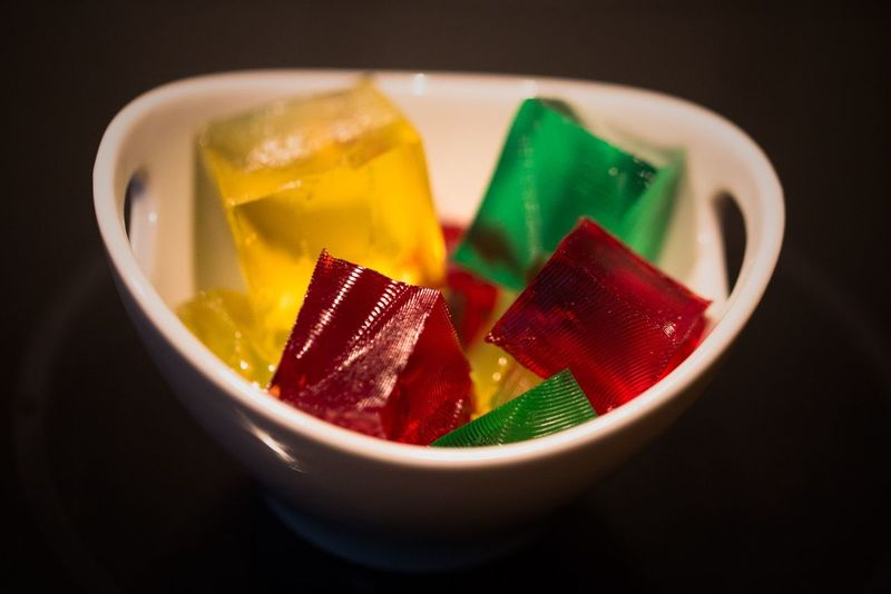 Jelly Cubes in all colors (well, 3 colors🤓) Jellypudding10 Jellycubes Colorful :-) Colorful Candies! Foodphotos Food Photographer