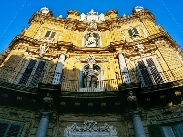 Quattro Canti Four Corners Palermo Sicily Italy Travel Photography Travel Voyage Traveling Mobile Photography Fine Art Architecture Historical Monuments Mobile Editing Giallo A Palermo Tutti I Particolari In Cronaca Palermo Mellow Yellow