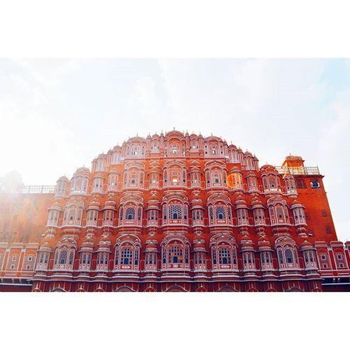 H A W A ⊙ M A H A L Location - Hawa Mahal, Jaipur, Rajasthan, India IndiaJourney Jaipur Hawamahal India Rajasthan Vscoexplore VSCO Vscocam Vscotravel Vscojourney Explore Journey Travel Pinkcity Vscoexplore